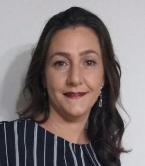 Dra. Gracielle Teodora da Costa Pinto Coelho, mestre e doutora em agronomia e fisiologia vegetal, coordenadora do mestrado profissional em biotecnologia e gestão da inovação UNIFEM